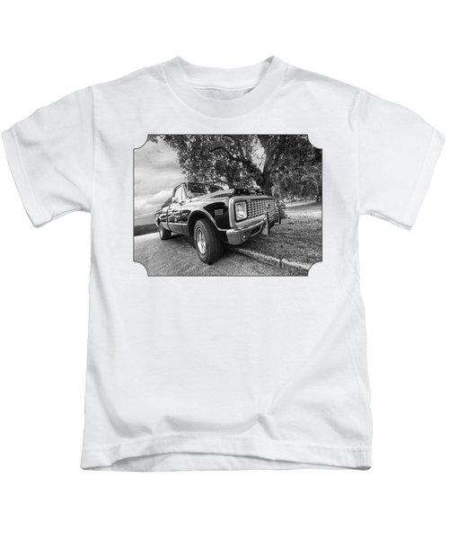 Halcyon Days - 1971 Chevy Pickup Bw Kids T-Shirt