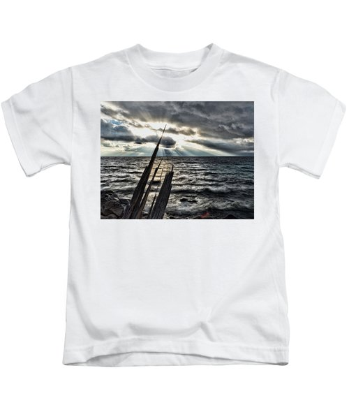 Heavenly Beams Kids T-Shirt