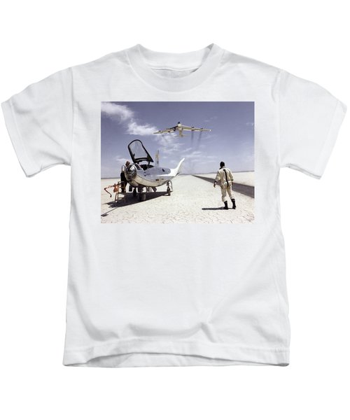 Hl-10 On Lakebed With B-52 Flyby Kids T-Shirt