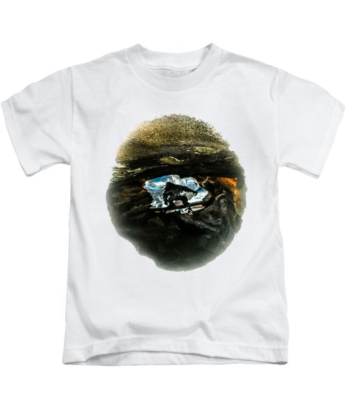 I Seen The Yeti Kids T-Shirt by Gary Keesler