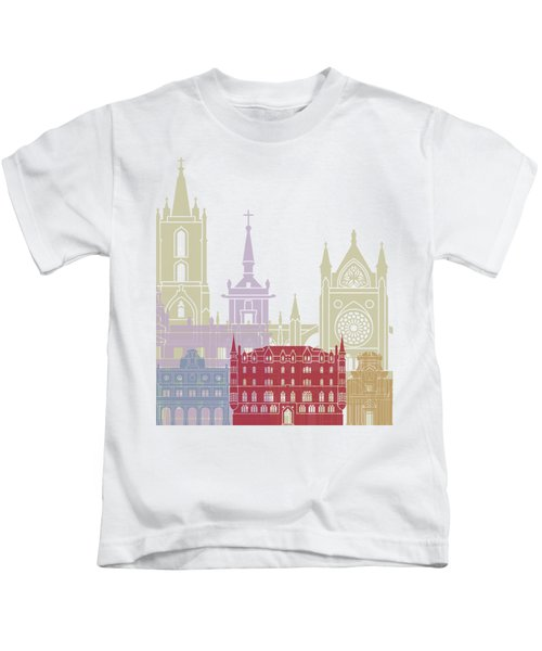 Leon Skyline Poster Kids T-Shirt