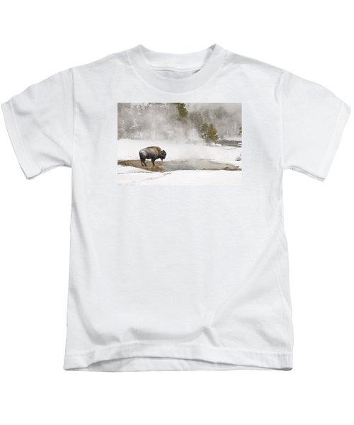 Bison Keeping Warm Kids T-Shirt