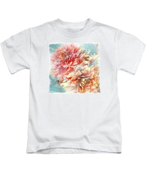 Lynia Dahlia Kids T-Shirt