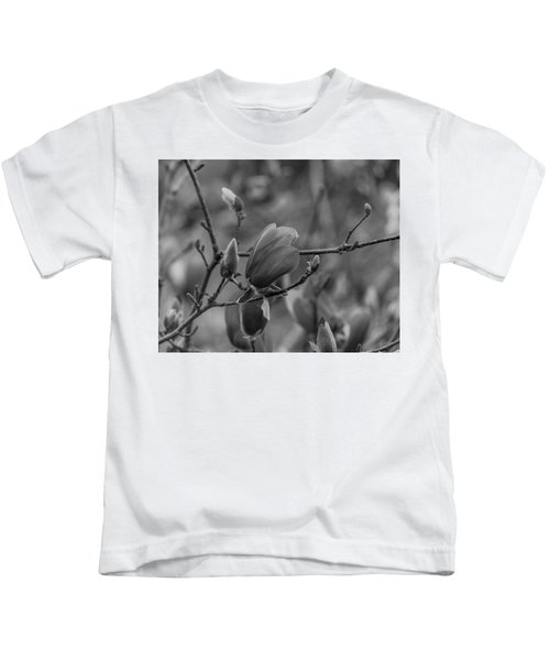 Magnolia Bw Blooms Buds Branches Kids T-Shirt