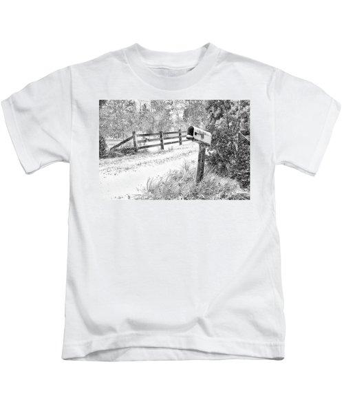 Mailbox Snow Kids T-Shirt