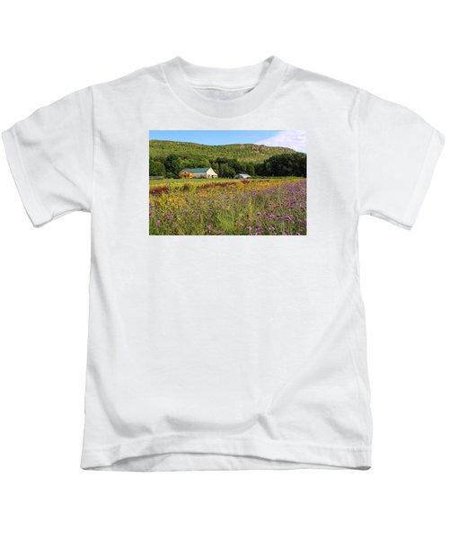 Mountain View Farm Easthampton Kids T-Shirt