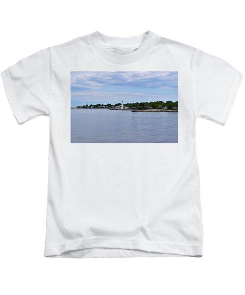 New London Harbor Lighthouse Kids T-Shirt