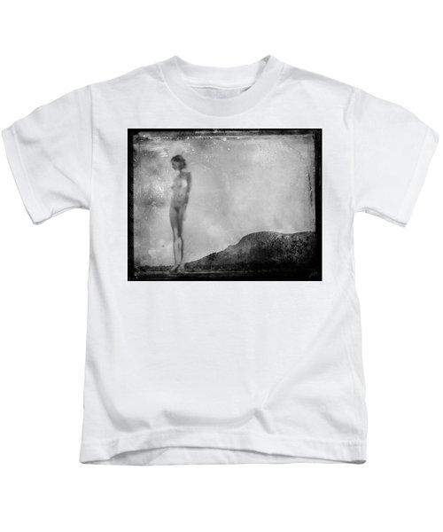 Nude On The Fence, Galisteo Kids T-Shirt