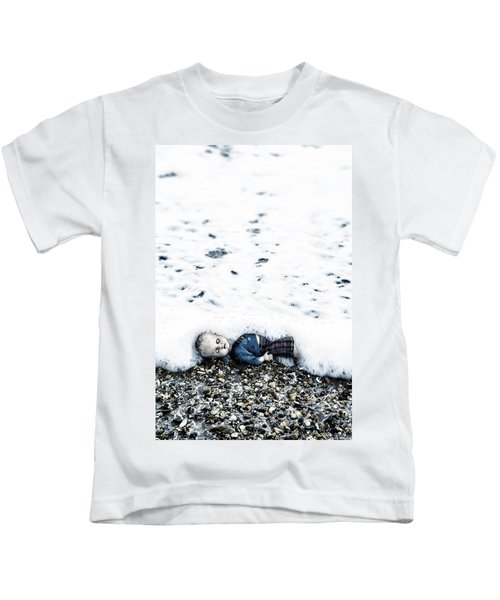 Old Doll On The Beach Kids T-Shirt