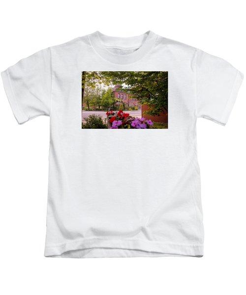 Old Fire Station Easthampton, Ma Kids T-Shirt