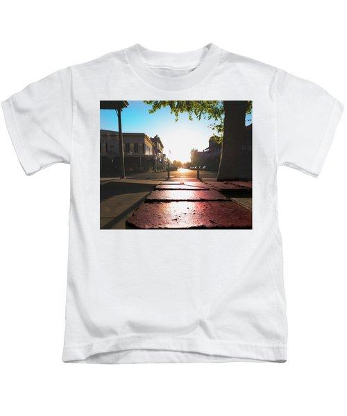 Old Sacramento Smiles- Kids T-Shirt