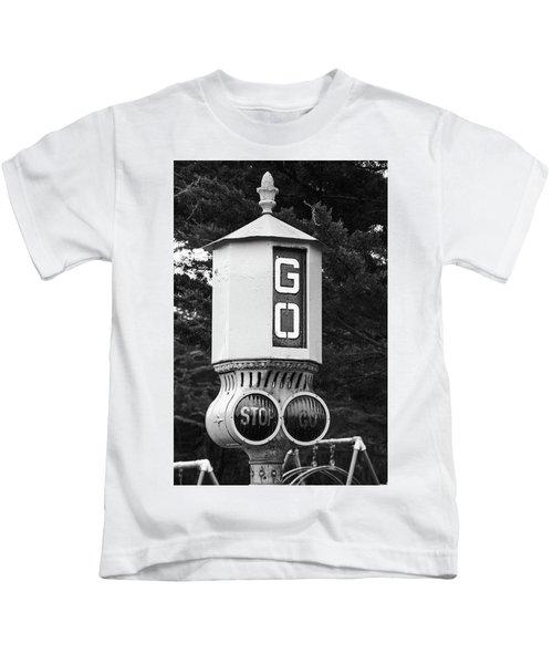 Old Traffic Light Kids T-Shirt