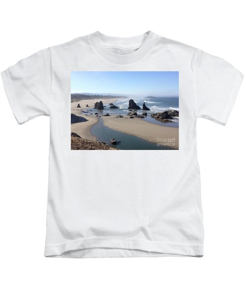Oregon Coast Sea Stacks Kids T-Shirt