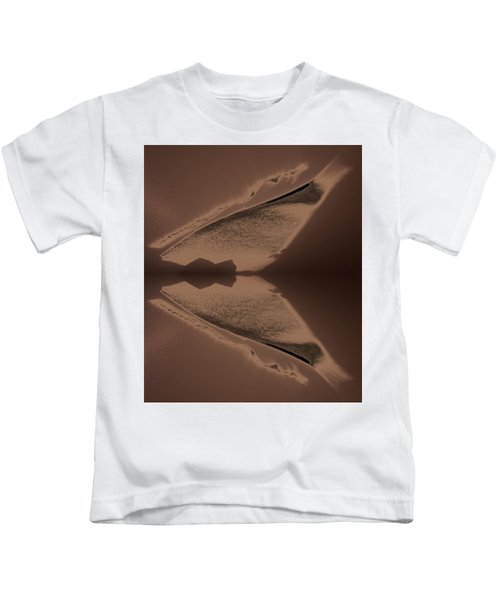 Organic Details Near That Strongly-held Dividing Line 2015 Kids T-Shirt