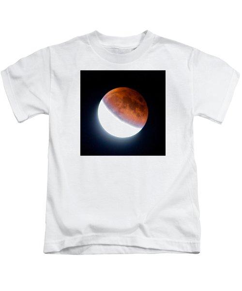 Partial Super Moon Lunar Eclipse Kids T-Shirt