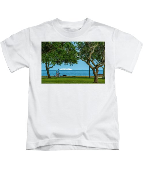 People Going Places Kids T-Shirt