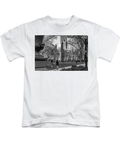 Philadelphia Street Photography - 0902 Kids T-Shirt