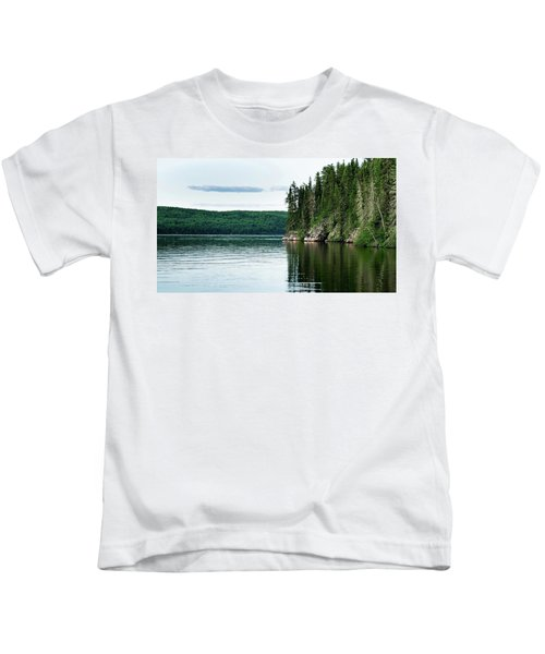 Red Lake Ontario Kids T-Shirt