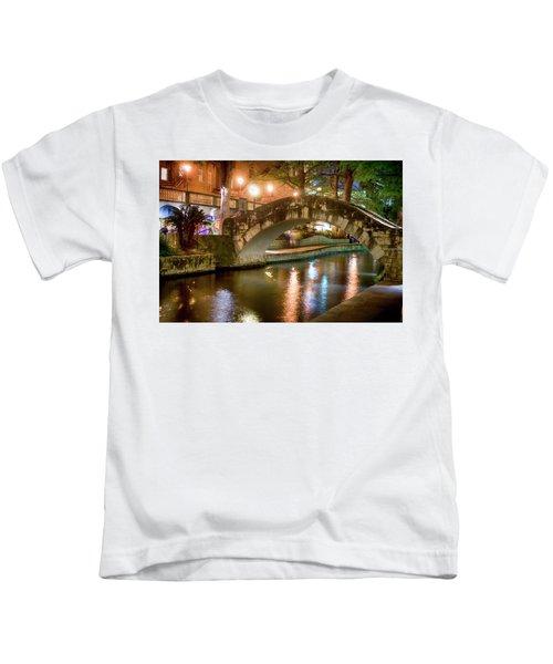 San Antonio River Walk V1 Kids T-Shirt