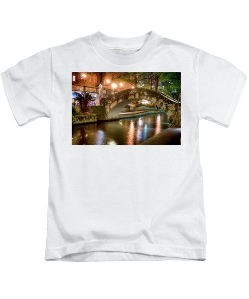 San Antonio River Walk V1 Kids T-Shirt