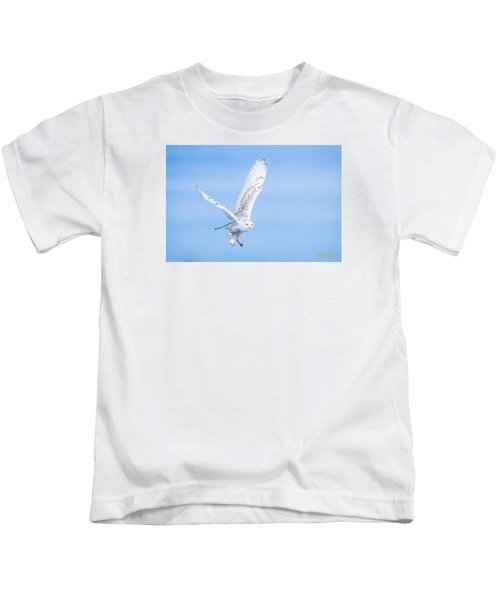 Snowy Owls Soaring Kids T-Shirt
