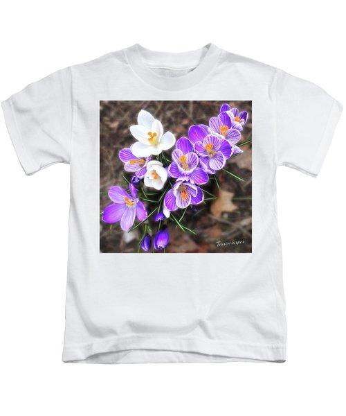 Spring Beauties Kids T-Shirt
