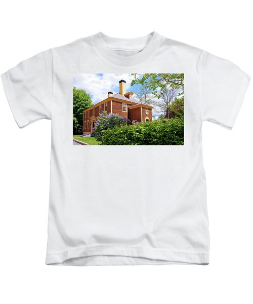 Springtime At Folsom Tavern Kids T-Shirt