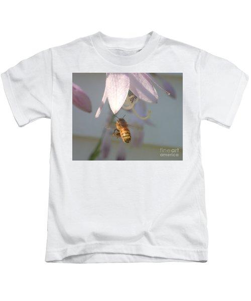 Stamen Attraction 2 Kids T-Shirt