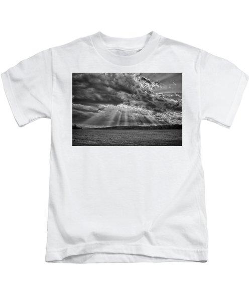 Sun Rays Over Vann's Valley Kids T-Shirt