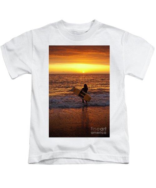 Sunset Surfer On Aberystwyth Beach Wales Uk Kids T-Shirt