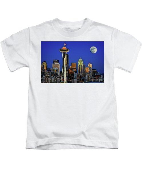 Super Moon Over Seattle Kids T-Shirt