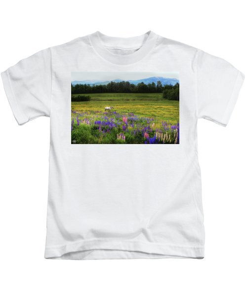 Taking In The View Kids T-Shirt