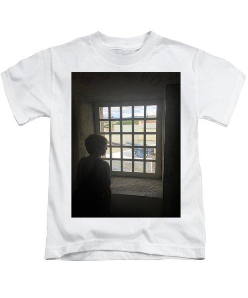 The Contrast Of War Kids T-Shirt