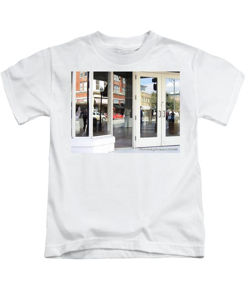 The Photographer And His Doppelganger Kids T-Shirt
