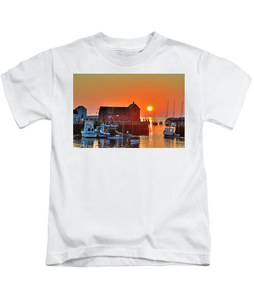 The Sun Rising By Motif Number 1 In Rockport Ma Bearskin Neck Kids T-Shirt