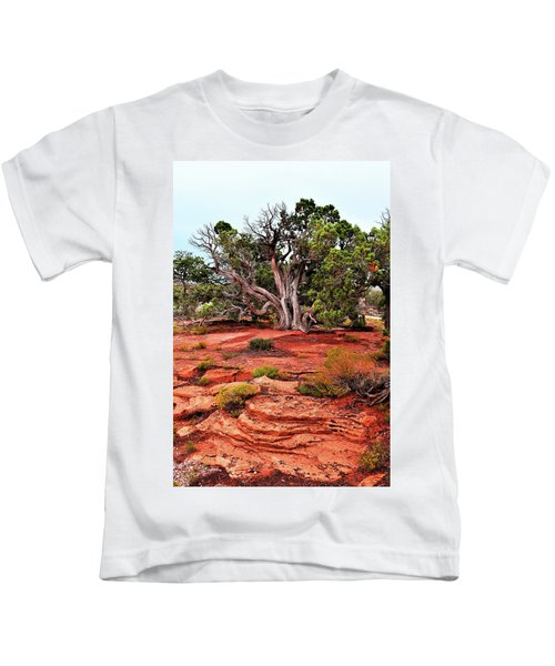 The Tree That Knows All Kids T-Shirt