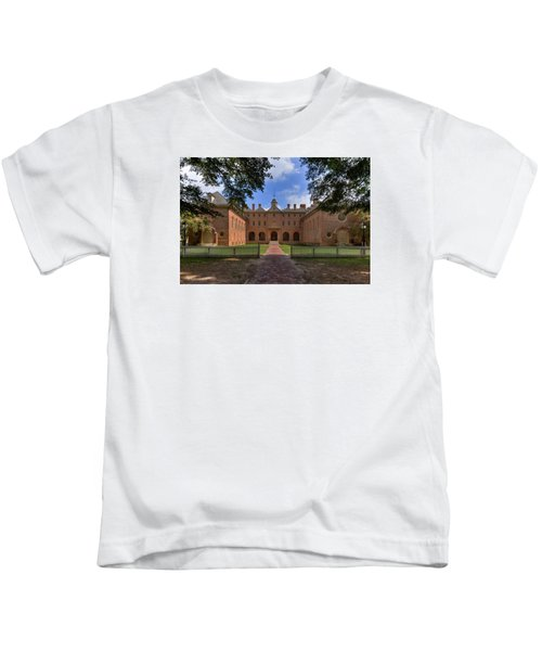 The Wren Building At William And Mary Kids T-Shirt