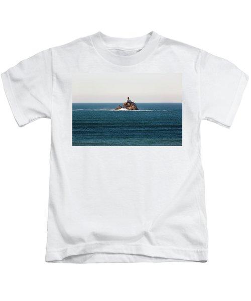 Tillamook Rock Lighthouse On A Calm Day Kids T-Shirt