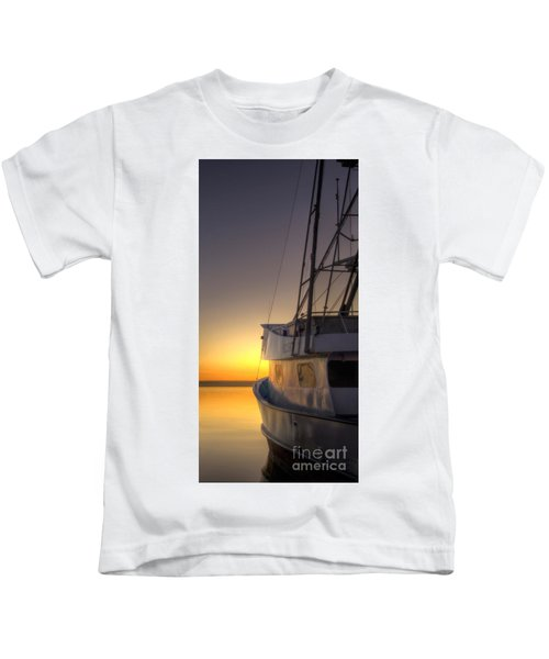 Tranquility On The Bay Kids T-Shirt