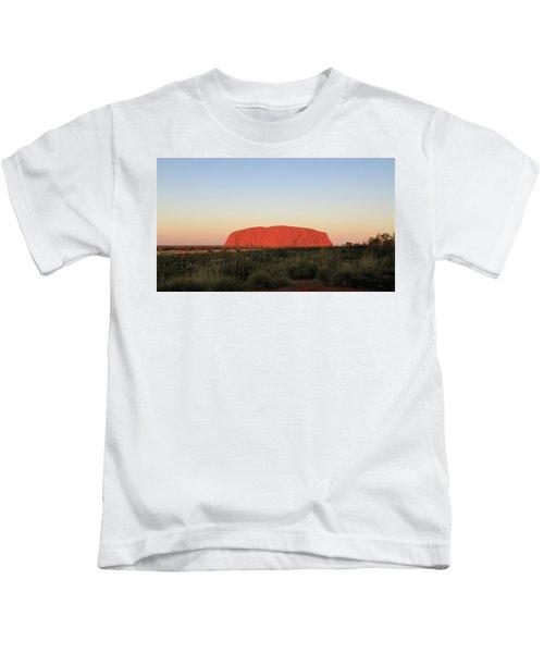 Uluru At Sunset Kids T-Shirt