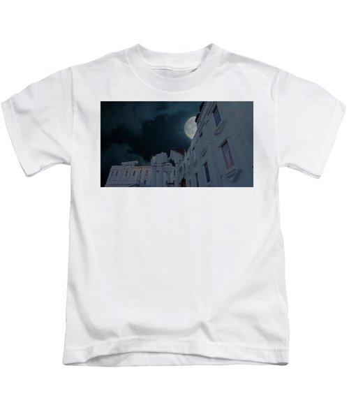 Upside Down White House At Night Kids T-Shirt