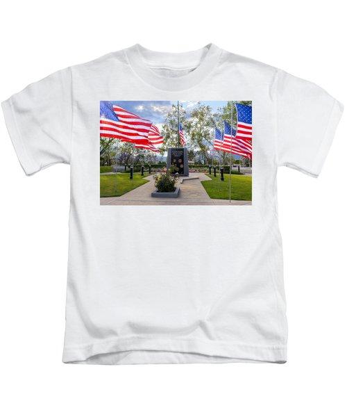 Veterans Monument Camarillo California Usa Kids T-Shirt