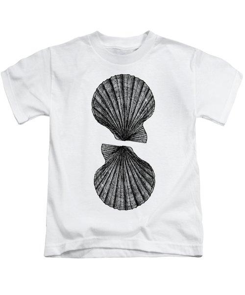 Vintage Scallop Shells Kids T-Shirt