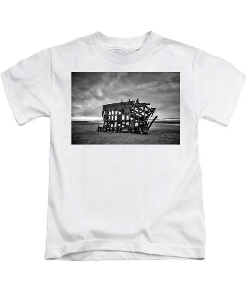 Weathered Rusting Shipwreck In Black And White Kids T-Shirt