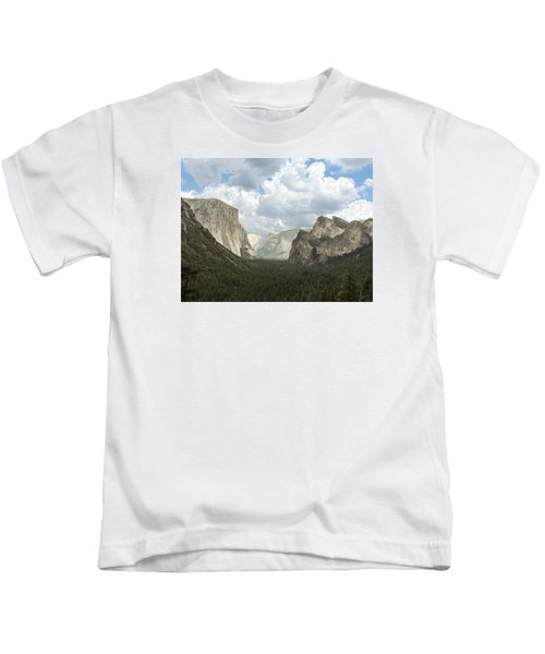 Yosemite Valley Yosemite National Park Kids T-Shirt