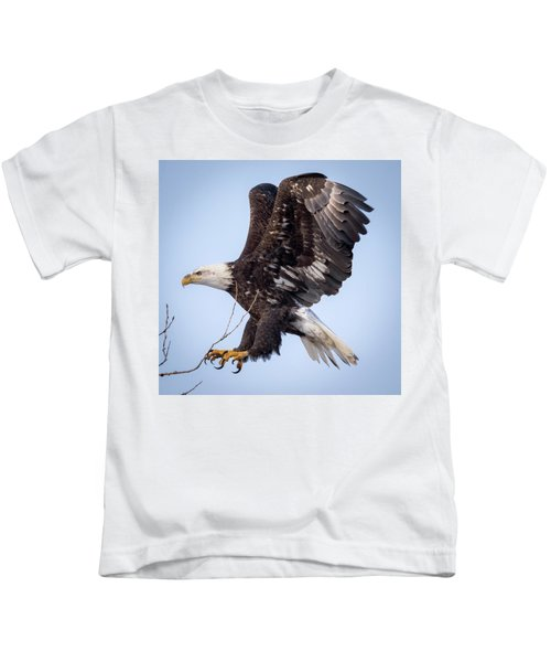 Eagle Coming In For A Landing Kids T-Shirt