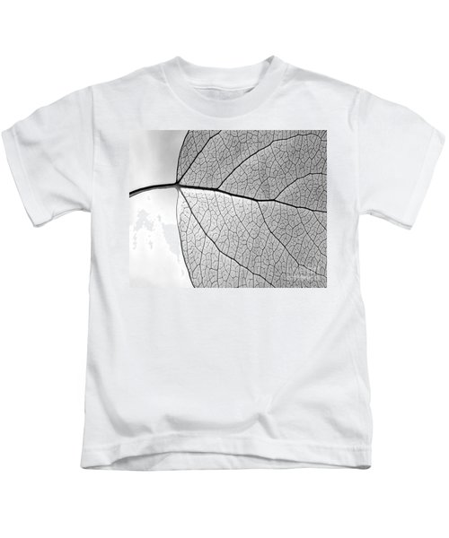 Aspen Leaf Veins Kids T-Shirt