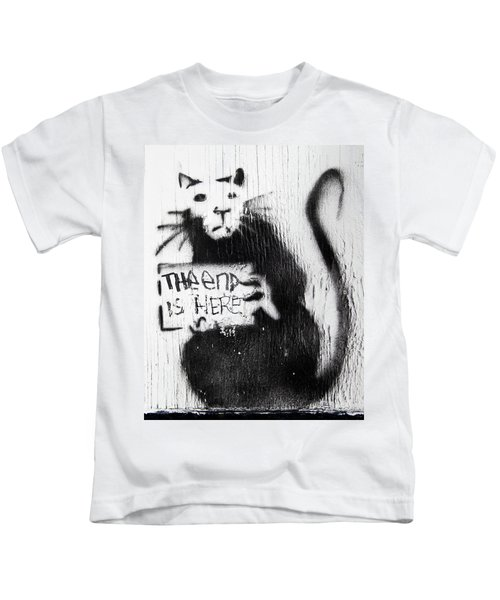 Banksy Rat The End Is Here Kids T-Shirt