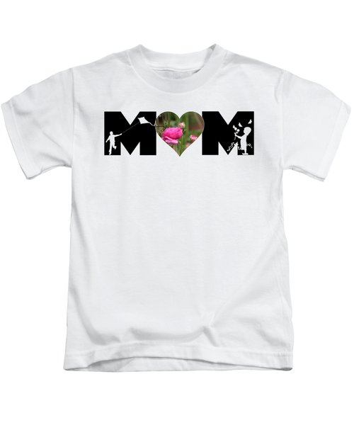 Boy And Girl-pink Ranunculus In Heart Mom Big Letter Kids T-Shirt