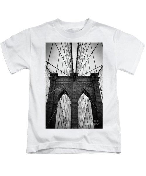 Brooklyn Bridge Wall Art Kids T-Shirt